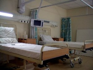 Resized - Hospital_Beds_by_JohnMKimmins