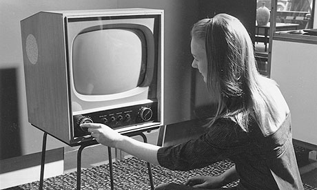 1950s-television-set-006